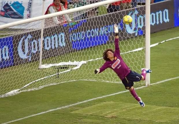 'Memo' Ochoa: Hay conversaciones con el Liverpool
