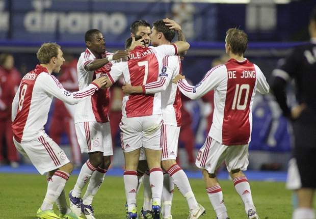 CL - Ajax op zoek naar doelpunten