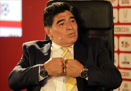 Maradona vows to fight Fifa 'mafia'