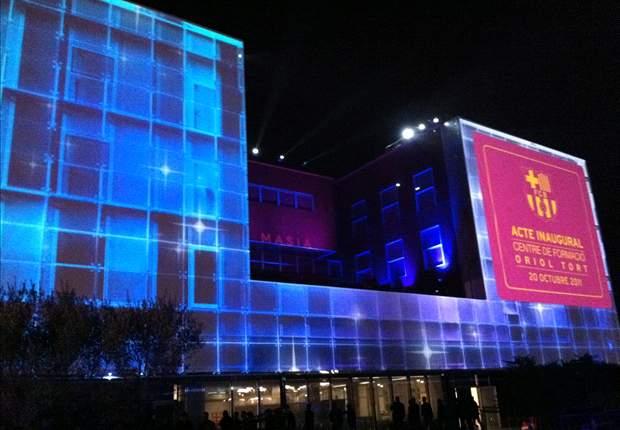 La Masía del Barcelona tendrá publicidad en su fachada