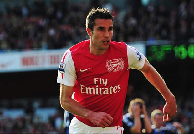 Arsenal 3-1 Stoke City: Robin van Persie comes off the bench to save Gunners as late double stuns Potters