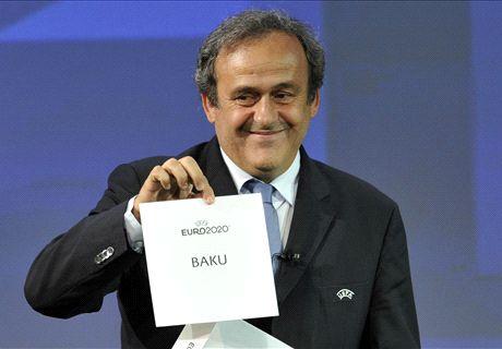 Platini doet gooi naar FIFA-pluche