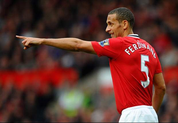 Ferdinand asked to take massive pay cut as talks open over new Manchester United contract