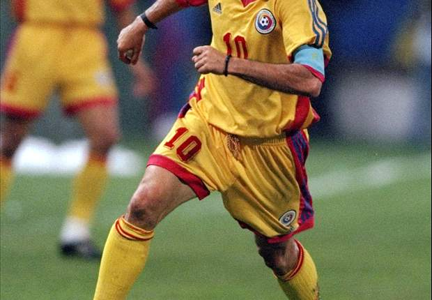 Do not underestimate CFR Cluj, Romania legend Hagi warns Manchester United
