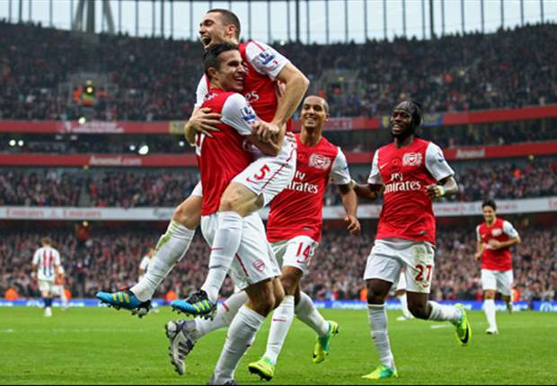 Arsenal's Upturn Continues As Team-Mates Begin To Feed On Confidence Of Robin Van Persie And Thomas Vermaelen