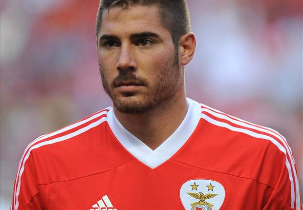 Manchester City target Javi Garcia only leaving Benfica for £24m, insists club president