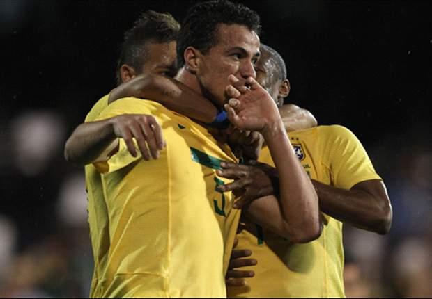 Damião comenta vitória brasileira no Twitter
