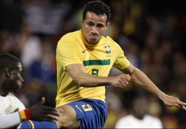 Tottenham target Leandro Damiao's agent meets with Juventus to discuss summer transfer