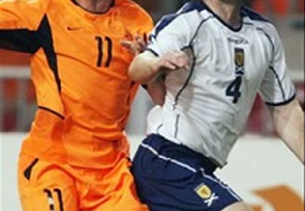 Robben will Elfmeter üben, Cristiano Ronaldo will seine Emotionen unter Kontrolle behalten - Welche Versprechen machen die Stars der Euro 2012?