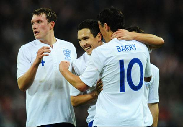 England 1-0 Sweden: Gareth Barry header secures narrow victory as Fabio Capello's men make it nine games unbeaten