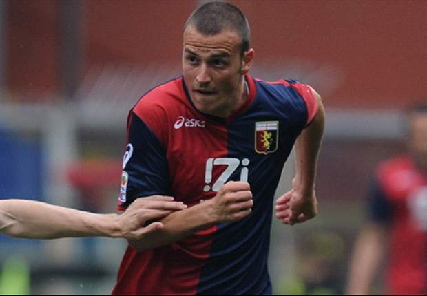 Roma plot double swoop for Antonelli and Basta
