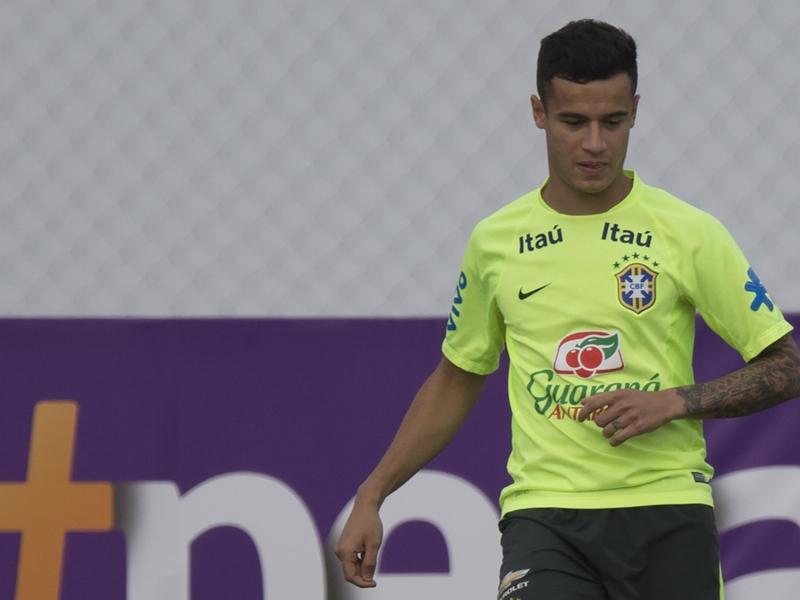 Oscar e Ramires dão lugar a Coutinho e Rafinha na Seleção