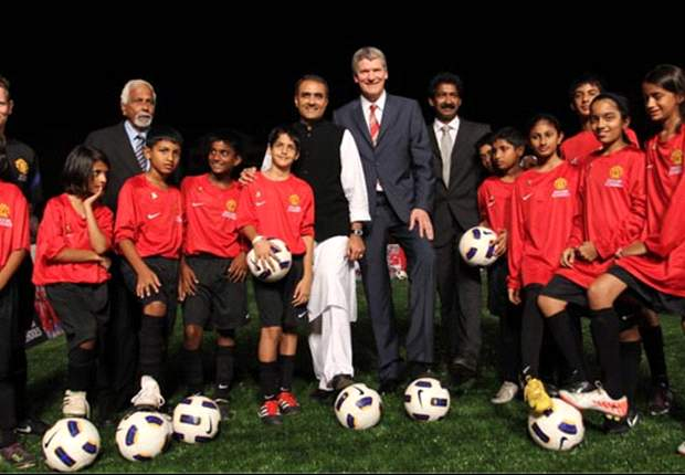 Manchester United Launches Its First Soccer School In India
