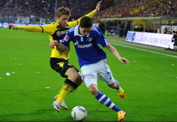 Borussia Dortmund 2-0 Schalke: Lewandowski & Santana On Target As Hosts Move First In Bundesliga