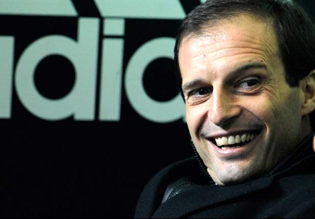 AC Milan coach Massimiliano Allegri signs contract extension until 2014