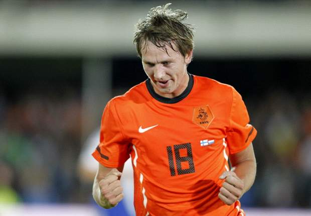 Liverpool target Luuk de Jong open to Premier League move