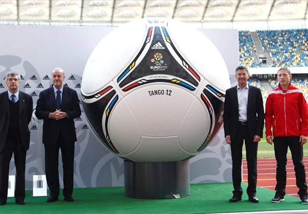 Euro 2012, calendario e tabellone: Polonia-Grecia è il match inaugurale, l'Italia debutta con la Spagna e chiude con il Trap