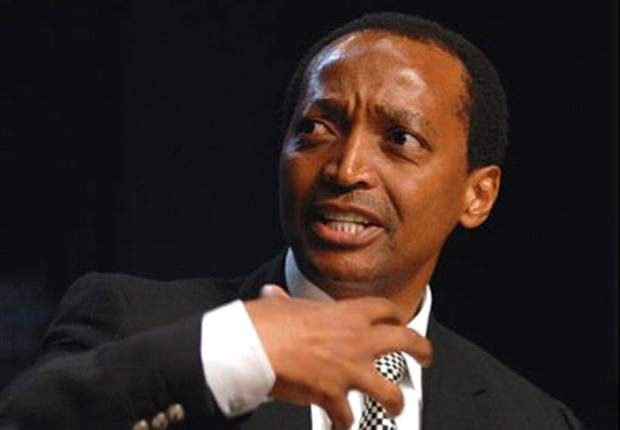 Motsepe seeks to address fans but no one there