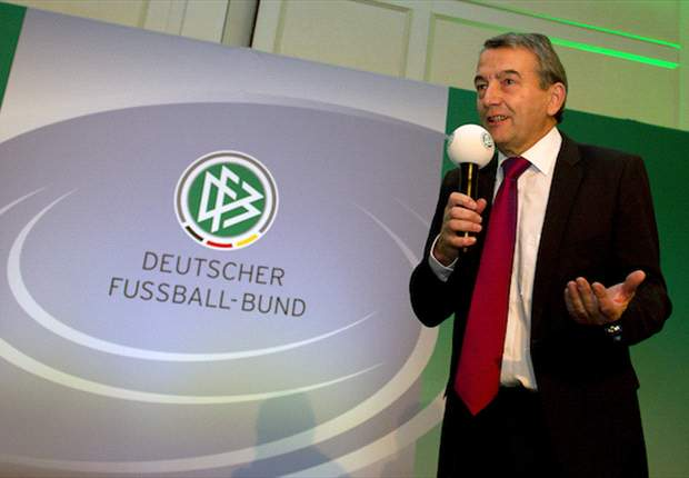 'We've been trembling a lot' - Niersbach plays down Germany's favourites tag