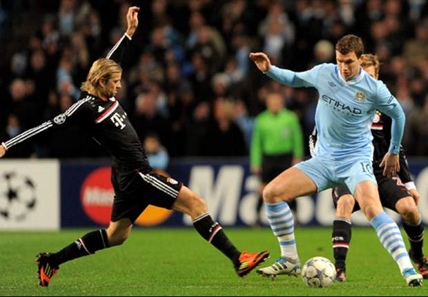 Dzeko 'happy' at Manchester City, claims agent