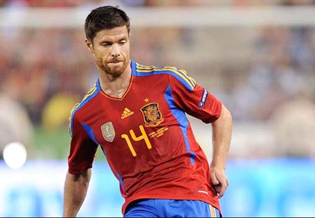 Liverpool quiere volver a fichar a Xabi Alonso