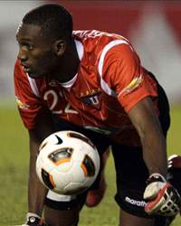 A. Domínguez, Ecuador International