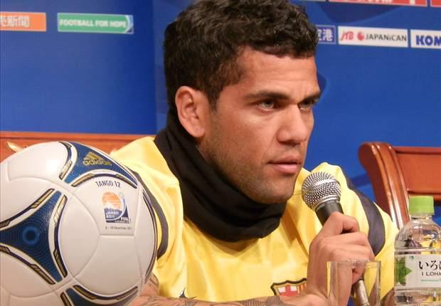 Daniel Alves, Paulinho e Ramires na lista de Mano