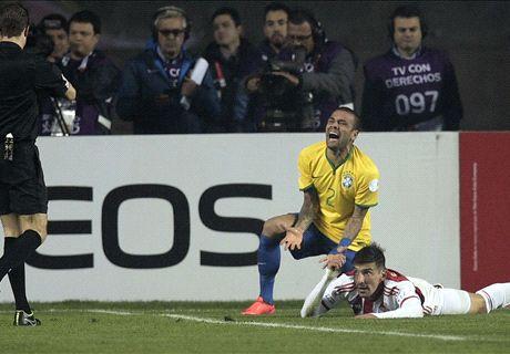 Fabinho replaces Dani Alves for Brazil
