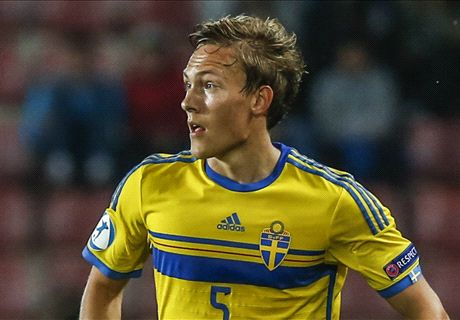 Liverpool in talks to sign Augustinsson
