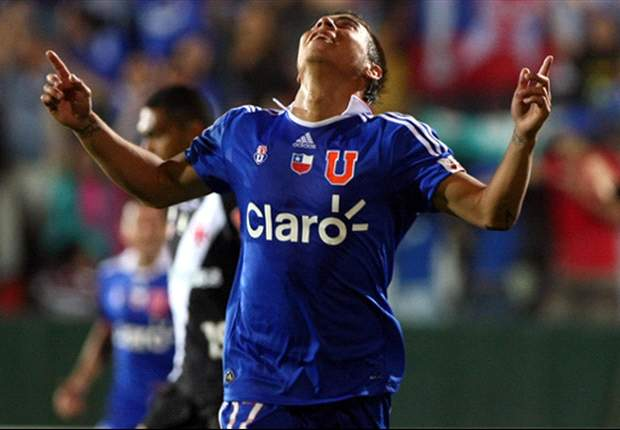 Napoli's inability to close deal for Universidad de Chile's Eduardo Vargas prompts last-ditch bid from Inter - report