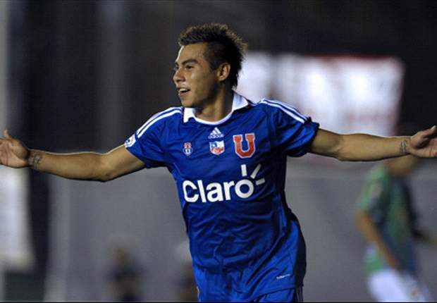 Napoli's Walter Mazzarri calls for fans to give Eduardo Vargas time to prove himself in Serie A