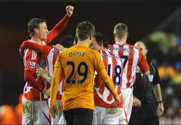 Wolves 1–2 Stoke City: Stoke secures fourth straight win after Doyle own goal and Crouch strike