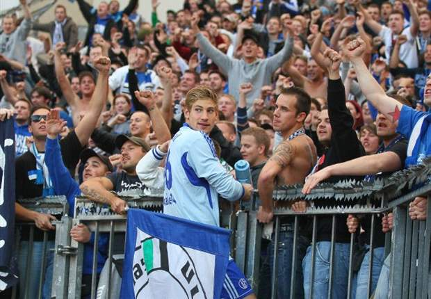 Schalke fans to boycott Europa League clash with Viktoria Plzen over ticket prices