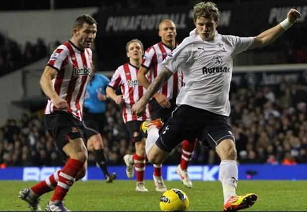 Tottenham 1-0 Sunderland: Roman Pavlyuchenko comes off the bench to score winner as Spurs leapfrog Chelsea into third spot