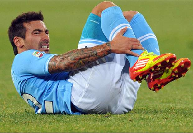 Napoli's Ezequiel Lavezzi ruled out for a month with thigh injury