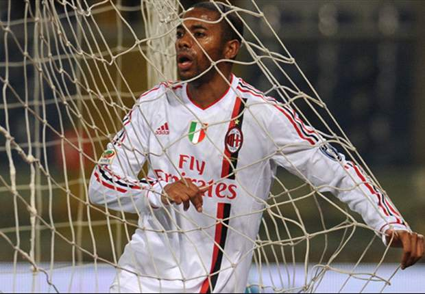 Two shocking missed sitters against Barcelona, just four Serie A goals - Robinho's AC Milan days are numbered