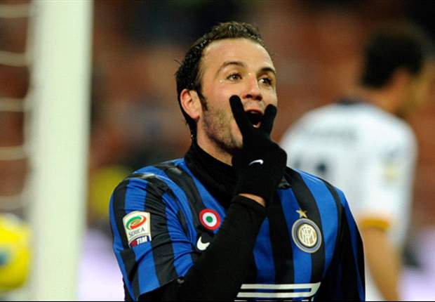 Inter striker Pazzini: Except for the big teams, all clubs in Serie A defend with 10 or 11 men behind the ball