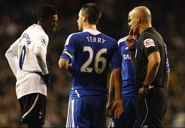 Tottenham duo Emmanuel Adebayor & Ledley King back Chelsea captain John Terry not to be affected by racism allegations