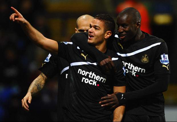 Papiss Cisse is the best striker I have played with - Newcastle winger Ben Arfa