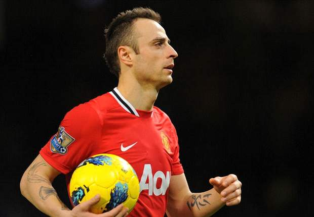 Dimitar Berbatov insists Manchester United will not be fazed by intense atmosphere at Newcastle