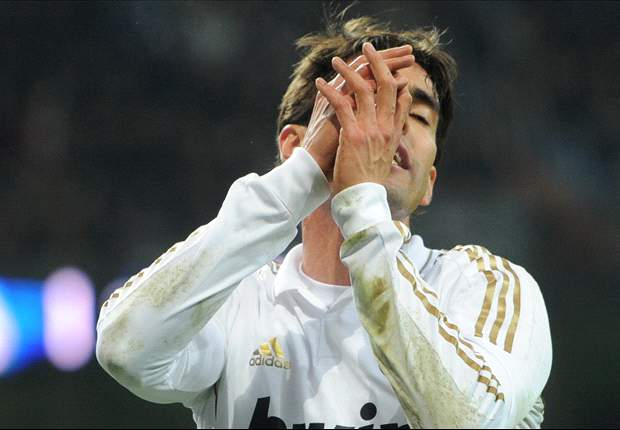 TEAM NEWS: Kaka on the bench as Real Madrid switch to 4-3-3 formation against Villarreal