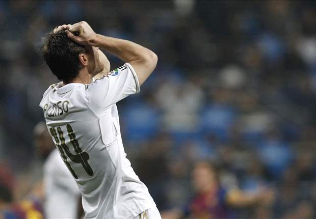 Xabi Alonso & Van Bommel among the players suspended for the first leg of the Champions League quarter-finals