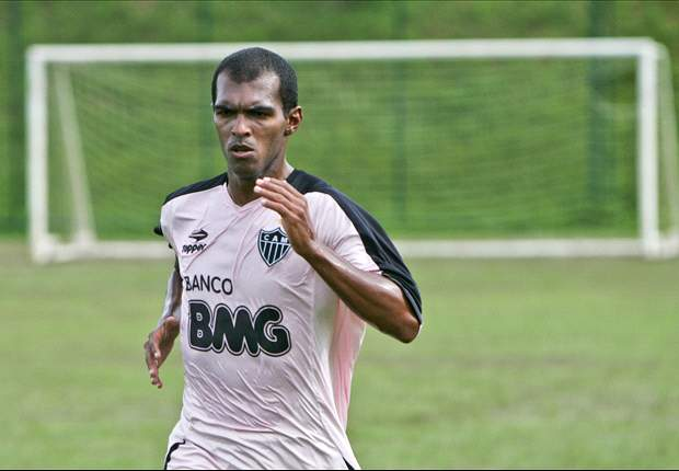Richarlyson renova contrato com o Atlético-MG