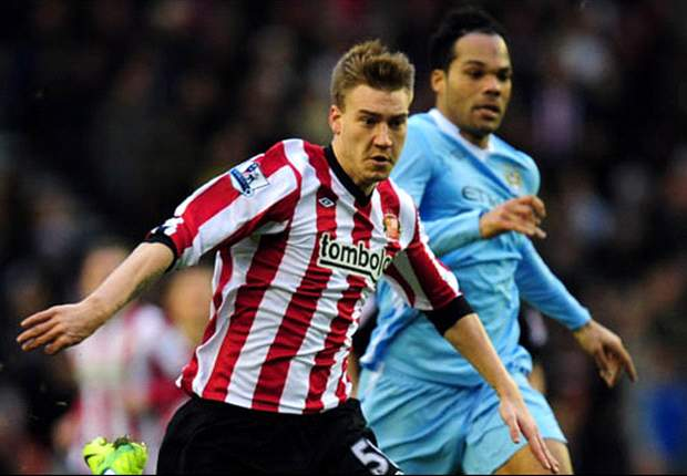 Sunderland's Bendtner receives 56-day driving ban for speeding