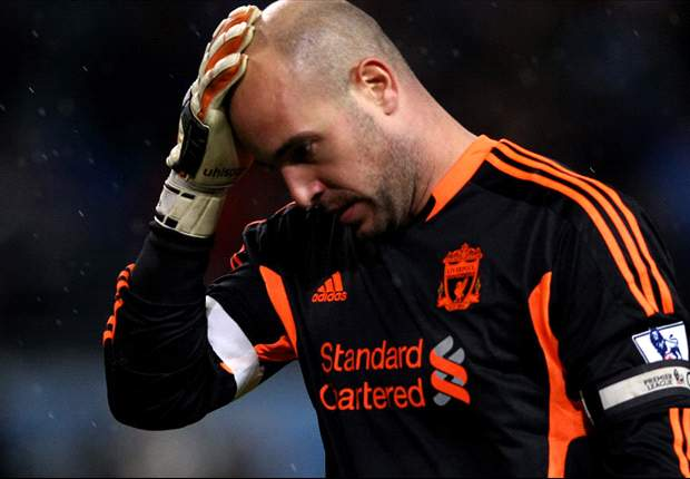 Rodgers challenges Reina to rediscover form and confidence for Liverpool