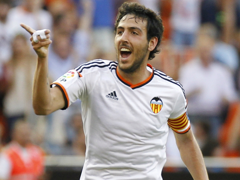 Official: Parejo extends contract with Valencia