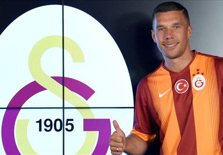 Podolski tips Arsenal for title