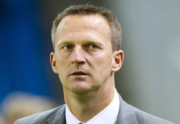 """Van den Brom: """"Zou eer zijn om bij Ajax aan het roer te staan"""""""