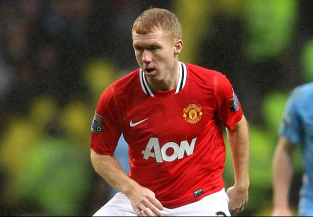 Sir Alex Ferguson believes Scholes can play on for Manchester United next season