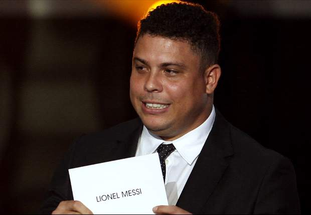 Ronaldo: If Santos' Neymar wants to win Fifa Ballon d'Or & overtake Lionel Messi, he has to leave Brazil